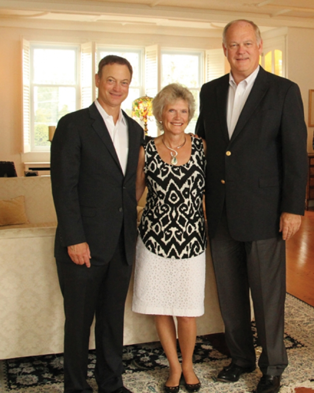 Gary Sinise with Georgia and Jim Thompson