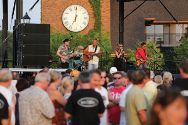 Musician Jeff Dayton and friends performing on Sunsets Stage