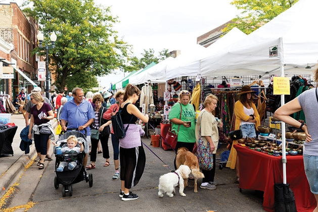The street scene at Excelsior Apple Day 2019