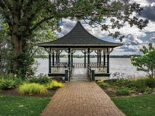 A gazebo at Noerenberg Gardens.