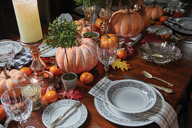 A table set for Thanksgiving dinner